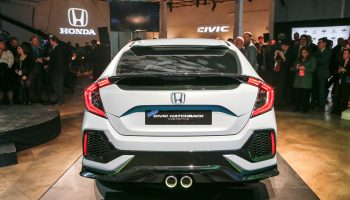 2017 Honda Civic HatchBack Automatic