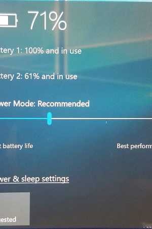 Windows 10 will Throttle Apps to Improve Battery Life