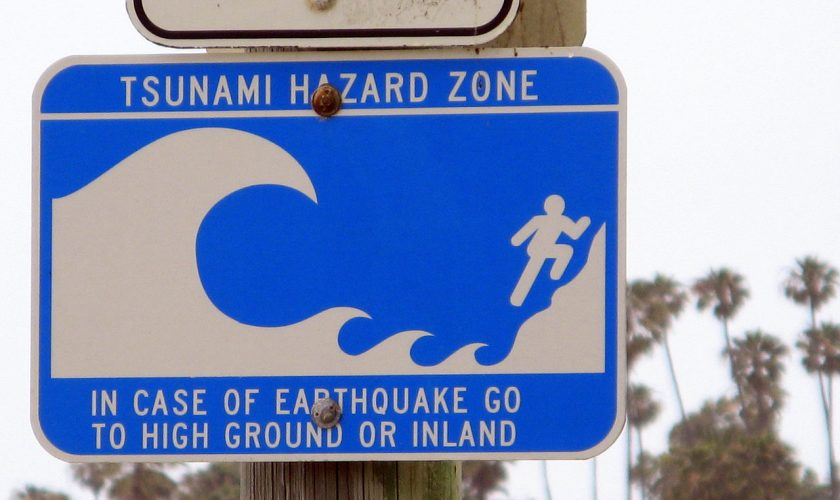 Beach Hazards &3 Ways Earth Networks Can Help
