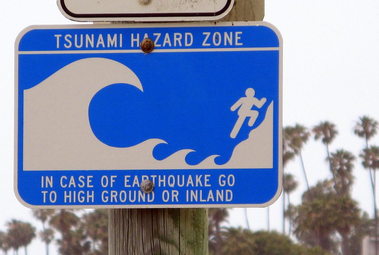 Beach Hazards &3 Ways Earth Networks Can Help